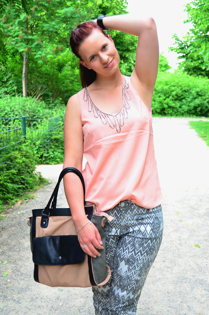 Outfit_Fashion_Musterhose_C&A_Outfitpost_Fashionblog_Zalando_Fashionblogger_Sommeroutfit_1