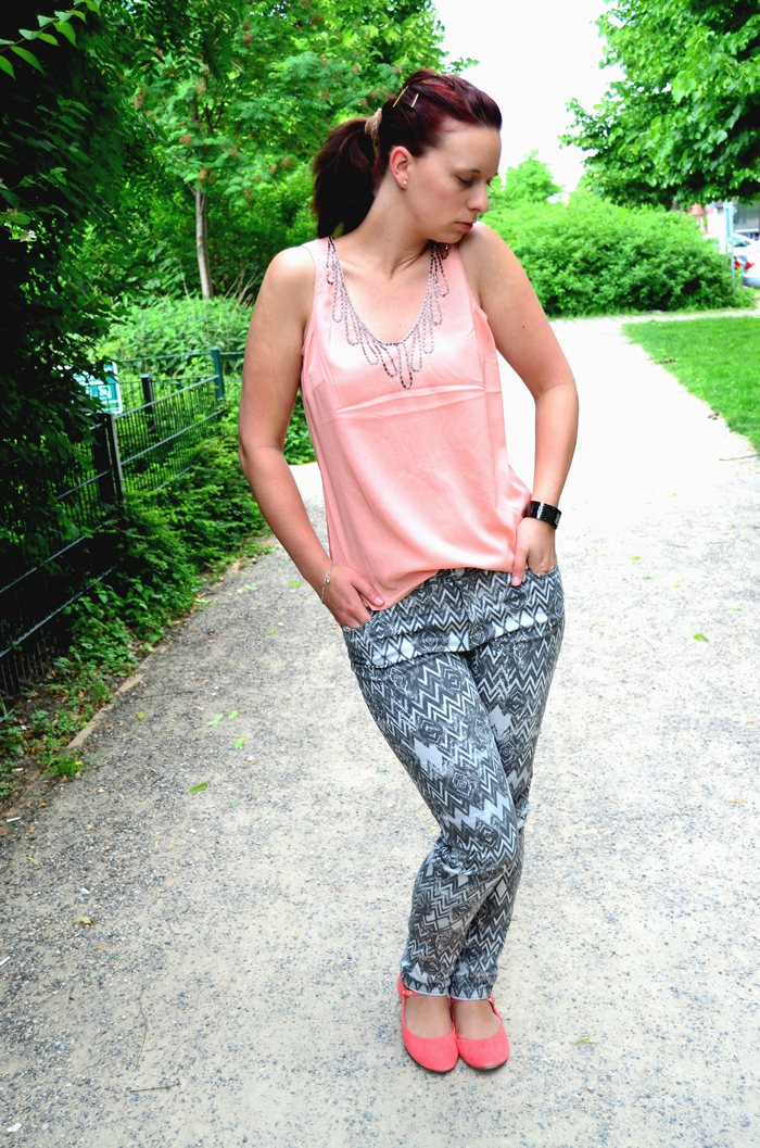 Outfit_Fashion_Musterhose_C&A_Outfitpost_Fashionblog_Zalando_Fashionblogger_Sommeroutfit_5