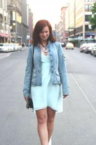 Outfit_Fashion_Outfitpost_Fashionblogger_Berlin_Friedrichstraße_Outfitbilder_Kleid_Vero Moda_3