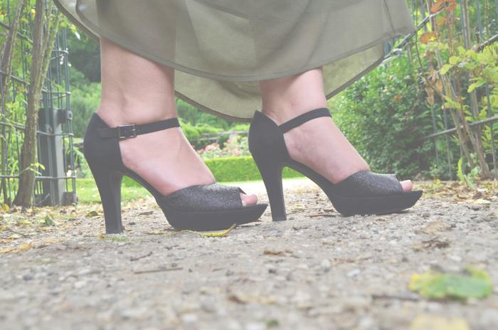Outfit_Orsay_Gina Tricot_Maxirock_Fashionblog_Annanikabu_Schuhe_Pumps_Glitzerschuhe