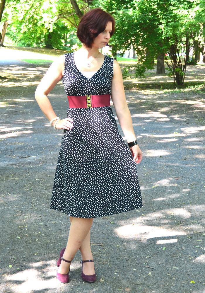Outfit: Pünktchenkleid von Peter Hahn
