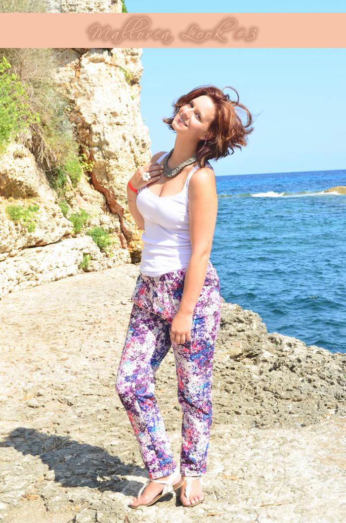 Malle_Outfit_Mallorca_Urlaub_Urlaubs Outfit_Fashion_Takko_Blumenhose_Musterhose_Annanikabu_1