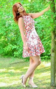 Annanikabu_Alices-Pig_Dress_Blumenkleid_Kleid-mit-Blumen_Kleid-von-Alices-Pig_Alices-Pig-Dress_Kleid-mit-Blumen_Blümchenkleid_Flowerdress_Flower-Dress_3