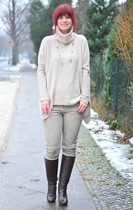 Outfitpost_Fashionblog_Annanikabu_Fashion_Herbstoutfit_braune-Stiefel_Poncho_Braunschweig-11