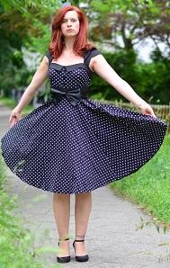 Petticoat_zugeschnuert_Annanikabu_klein
