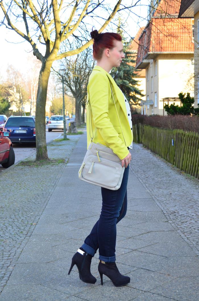 Outfit_Fashion_Fashionblog_Fashionbloggerin Berlin_gelber Blazer_Outfitpost_Annanikabu_5