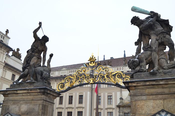 Prag_on tour_unterwegs_Urlaub_Urlaub in Prag_Prag im Winter_Natur_die goldene Stadt_schönes Naturfoto_Prague_Annanikabu_11