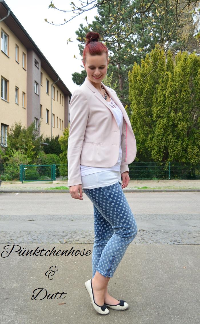 Pünktchenhose und Dutt [Outfit]