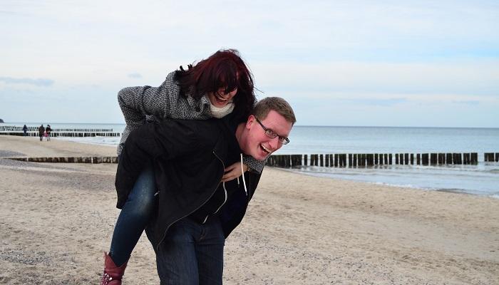 Schatz und ich_Ostsee_Selbstauslöser_behind the camera_Bloggerparade_Blogparade_Meer_1