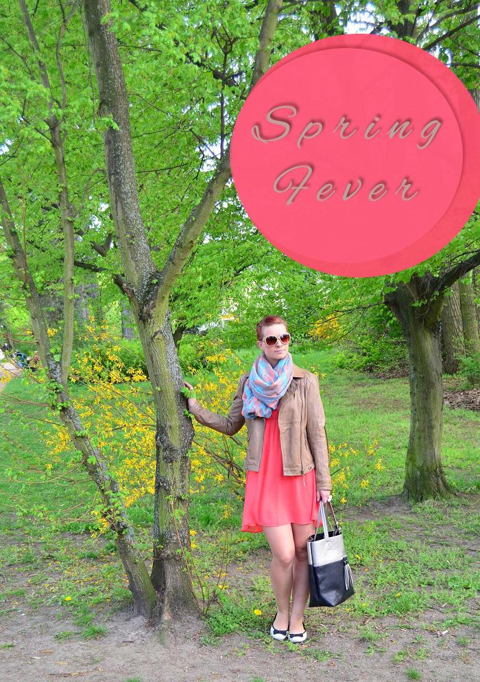 Outfit_Kleid_Lederjacke_Lederjacke von Tchibo_Kleid mit Lederjacke_Frühlingsoutift_Outfitpost mit Kleid_Annanikabu_1_mit Button Kopie