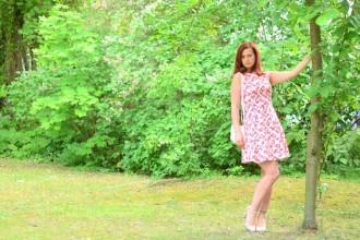 Alices Pig_Dress_Blumenkleid_Kleid mit Blumen_Kleid von Alice's Pig_Alice's Pig Dress_Kleid mit Blumen_Blümchenkleid_Flowerdress_Flower Dress_6
