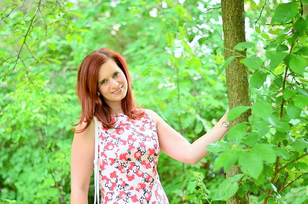 Alices Pig_Dress_Blumenkleid_Kleid mit Blumen_Kleid von Alice's Pig_Alice's Pig Dress_Kleid mit Blumen_Blümchenkleid_Flowerdress_Flower Dress_7