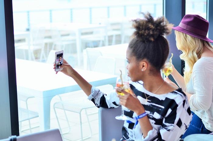 Blogger-Workshop-NHOW-Hotel-Berlin-nhow Berlin-Nellys Modeblog-Bronzingeyes-Annanikabu