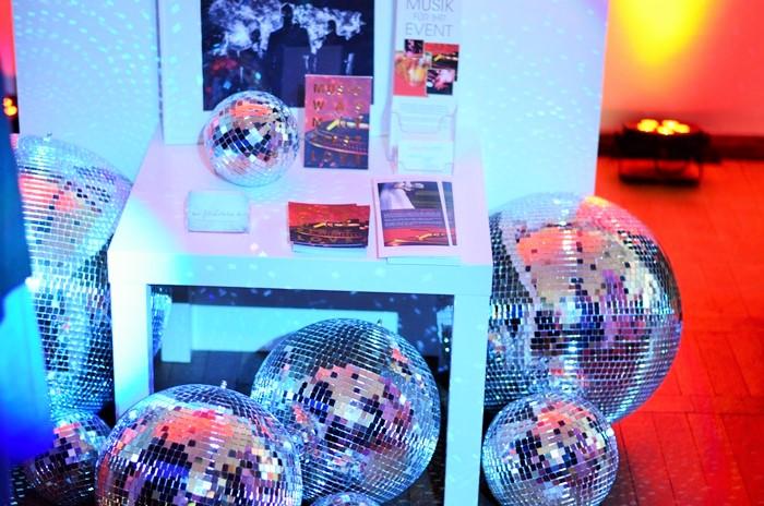 Love Circus Bash_Hochzeitsmesse Brlin_moderne Hochzeitsmesse_Hochzeitsmessen in Berlin_coole Hochzeits Messe_Inspirationen für die Hochzeit_wir heiraten_2 (3)