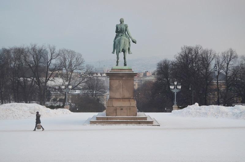 Oslo_Oslo im Winter_Schloss Oslo_Annanikabu