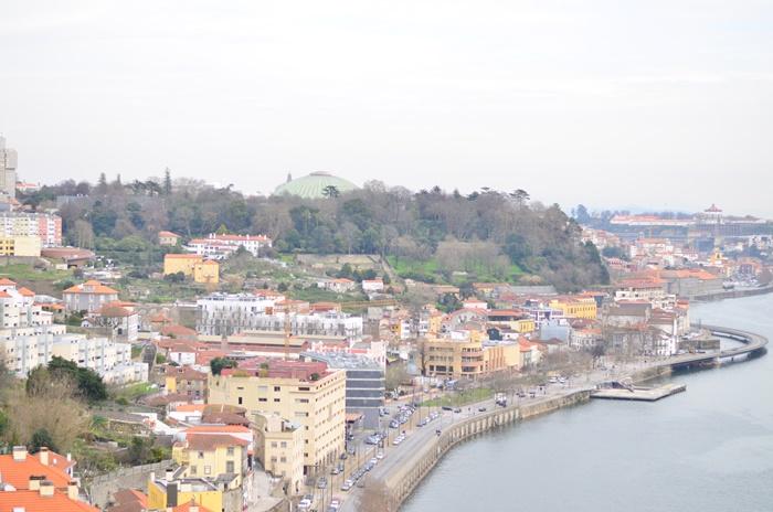 Porto_Urlaub_Annanikabu_On Tour_Reisen_Portugal_Meer_Porto von oben_Urlaubsfoto_Annanikabu_Travelblogger_1