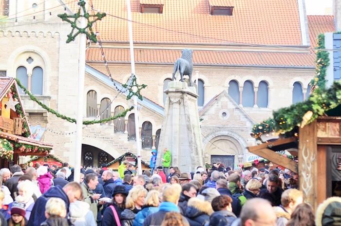 Weihnachtsmarkt Braunschweig_Braunschweig Burgplatz_Burgplatz Braunschweig_Weihnachtsmarkt in Braunschweig_Braunschweiger Weihnachtsmarkt (12)