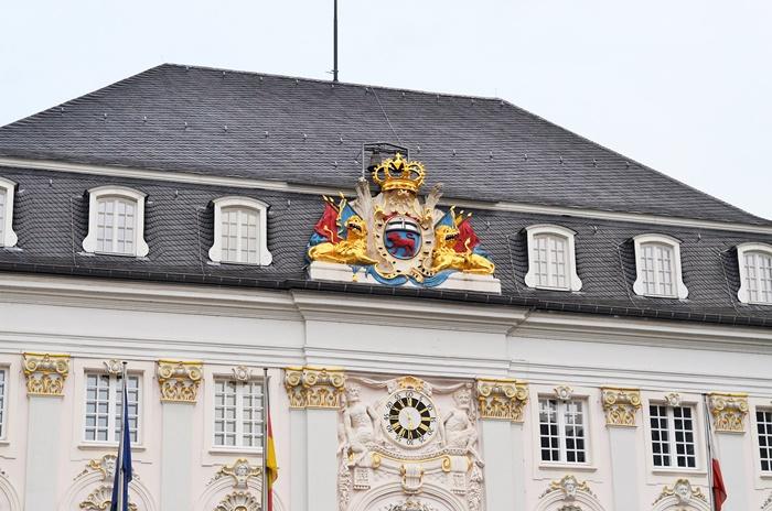 Deutschlandtour_Bullitour_Deutschlandreise_Reise durch Deutschland_mit dem Bulli durch Deutschland_Flitterwochen in Deutschland_Hochzeitsreise durch Deutschland_Urlaub in Bonn_Bonn_3  (7786775)