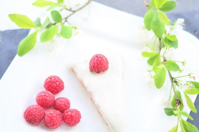 Frischkäsetorte_Frischkäse Torte_Butterkekstorte_Tortenboden aus Butterkeks_Butterkeks Torte_Exquisa_Exquisa Torte_Foodblogger_Rezept_Tortenrezept_Annanikabu (5)