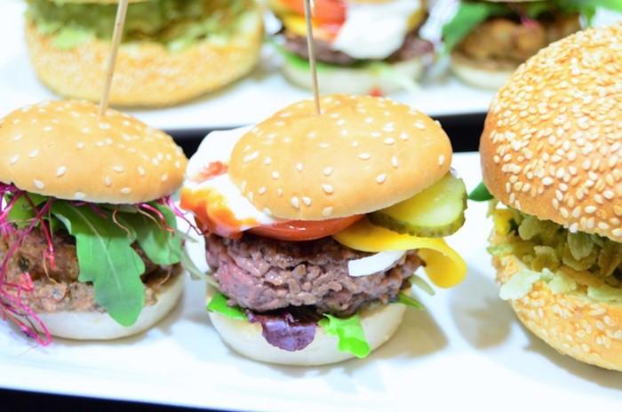 Burger Event_Burger Event_Burger City Guide_Burger selber machen_selbstgemachte Burger_Die Burger Bibel_Burger Rezept_Burgerrezept_Annanikabu (1)