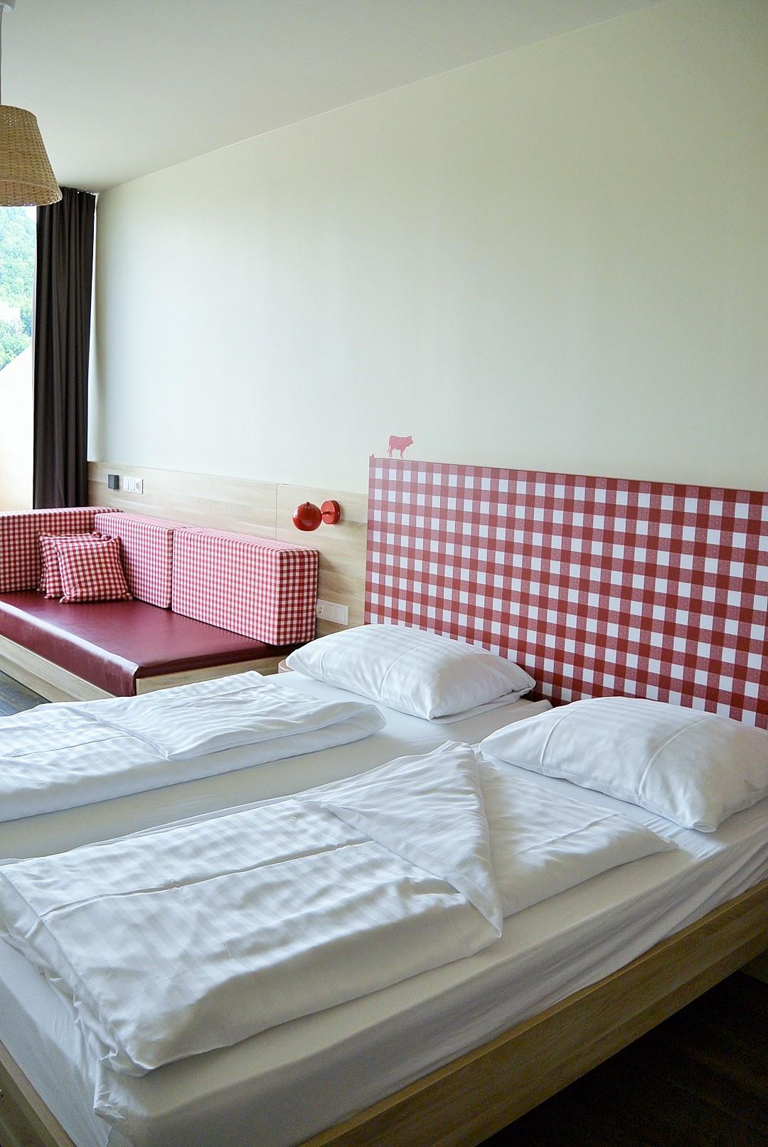 Meininger Hotel_Meininger Salzburg_Salzburg_Hotel in Salzburg_Hotel Salzburg_Meininger Salzburg_Meininger Hotel Salzburg_Hotel mit Blick auf Berge_Meininger_Urlaub in Salzburg (11)