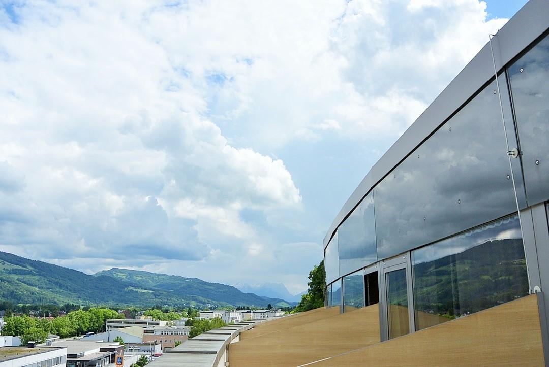 Meininger Hotel_Meininger Salzburg_Salzburg_Hotel in Salzburg_Hotel Salzburg_Meininger Salzburg_Meininger Hotel Salzburg_Hotel mit Blick auf Berge_Meininger_Urlaub in Salzburg (12)
