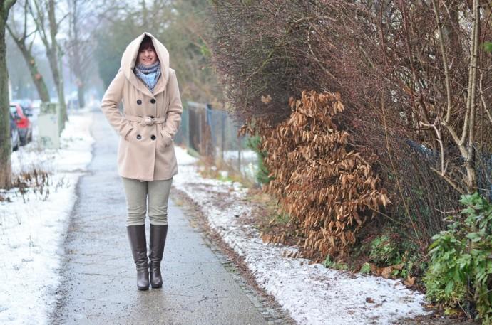 outfitpost_fashionblog_annanikabu_fashion_herbstoutfit_braune-stiefel_poncho_braunschweig-6