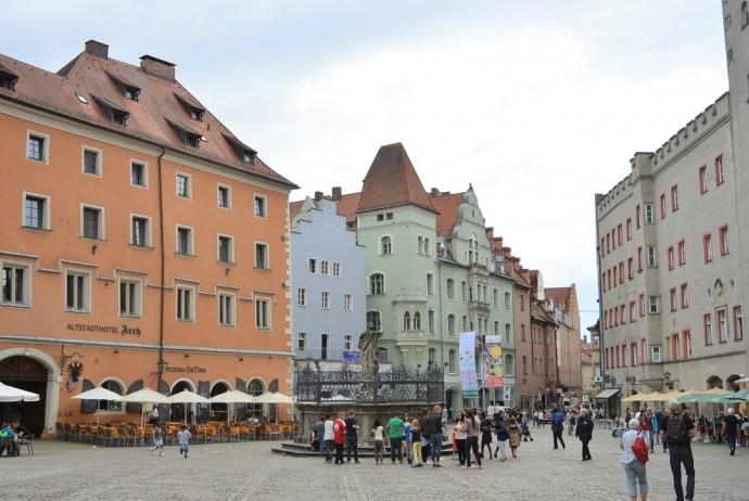 Regensburg_Bayern_Bayerntour_Weltkulturerbe_Donau_junge Donau_Bayernreise_Wochenendtrip_aeltestes Cafehaus_Annanikabu_Reiseblog (311)