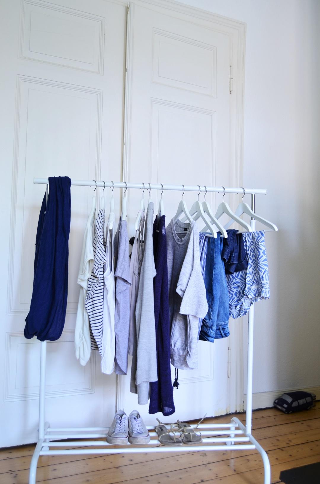 Juni 15x30_Minimalismus_Capsule Wardrobe_fair Fashion_Minimalistische Garderobe_Minimalismus Challenge_green Fashion_minimalism wardrobe_second hand_Annanikabu (4)
