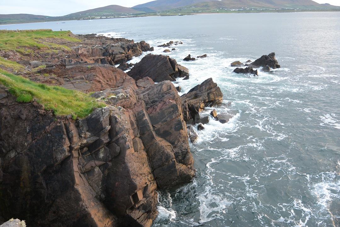 Irland_Reistagebuch_Irland Reise_Roadtrip_Felsen_Küste_Wildes Meer
